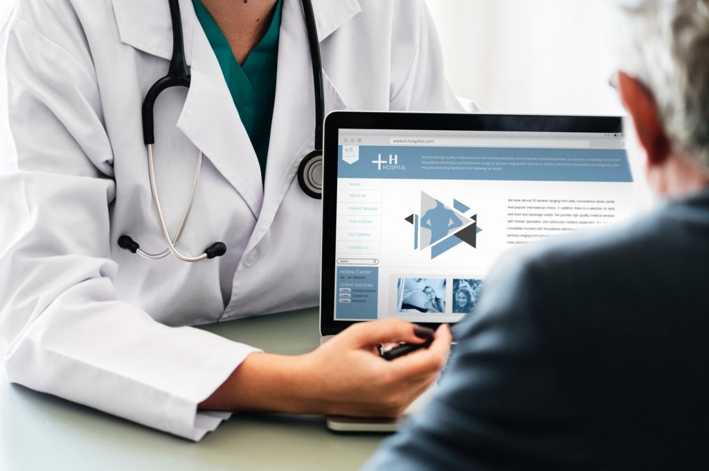 Wat is e-Health en is de term nog van deze tijd - Photo by rawpixel.com from Pexels